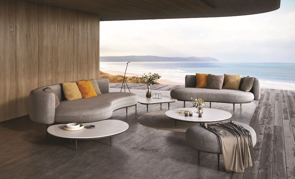 Organic lounge